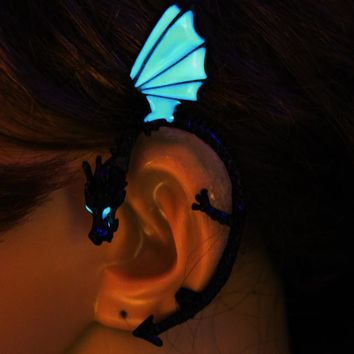 GLOWING DRAGON EAR CUFF