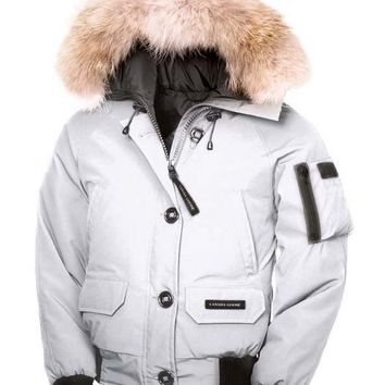 Canada goose chilliwack bomber winter WOMEN Down jacket/creamy-white