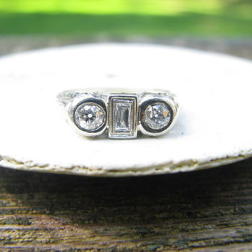 Lovely Edwardian to Art Deco 18K White Gold Diamond Engagment Ring - Old Mine Cut and Baguette Cut - Pretty Filigree
