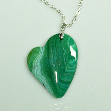 Stone Heart Pendant Statement Necklace -  Polished Dragon Veins Agate Stone / Silver Plated Chain - Green Color Stone