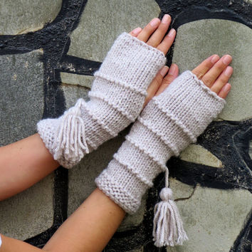 Knit Fingerless gloves in oatmeal color, Fingerless glove mittens, Long knit gloves, Boho knit glove mittens, Girl's wool fingerless gloves,