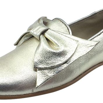 Luccini Girl's Bow Slip-On Smoking Loafer, Platino