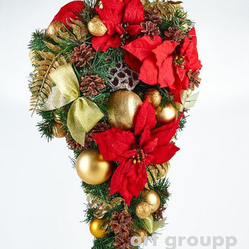 RED POINSETTIA Christmas Door Tear Drop Wreath Holiday Wreath Christmas Decoration Traditional Door Wreath Charm for home!