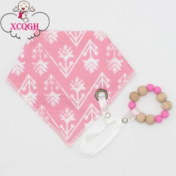 XCQGH Bib Baby Burp Cloth Cotton Bandana Girl and Boys Bibs Baby Shower Gift 2pcs/1set Baby Rattle Teether Bracelet Saliva Towel