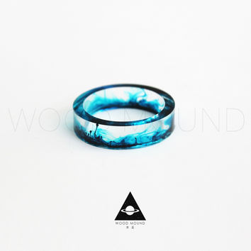 Unique resin swirl rings in three eye catching colors