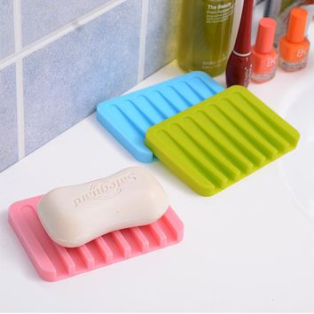 Cheap Colorful Silicone drain Storage Tray rack soap dish shower shelf soap holder for bathroom kitchen Accessories