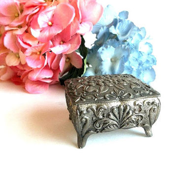 Vintage Silver tone metal Jewelry ring box, floral pattern, hinged, made in Japan, Mid Century jewelry casket vanity item, footed