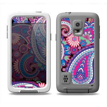 The Vibrant Purple Paisley V5 Samsung Galaxy S5 LifeProof Fre Case Skin Set