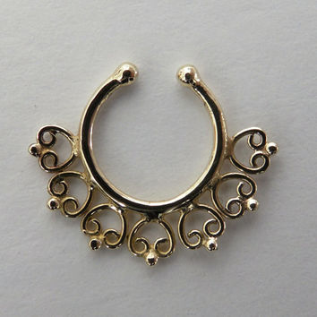 Fake Septum Ring - Faux Septum Ring - Fake Septum Piercing - Clip On Piercing - Clip On Septum - Septum Jewelry - Nose Jewelry