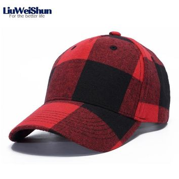 Trendy Winter Jacket LiuWeiShun England Plaid Baseball Cap Men Women Cotton Casual Snapback Cap,Fashion Femme Outdoor Sun Hat Sunscreen Caps gorras AT_92_12