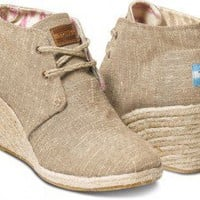 TOMS Shoes Natural Burlap Desert Wedges Closed Toe Women's Heels,
