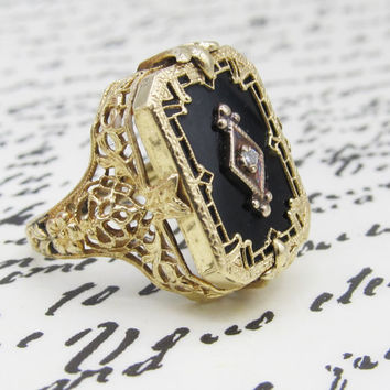 Vintage Black Onyx Diamond Filigree Ring 14k Yellow Gold