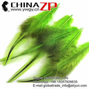 CHINAZP Feathers 50pcs/lot 4-8cm Length Top Quality Unique Dyed Lime Green Rooster Laced Long Cape Feathers DIY Centerpieces