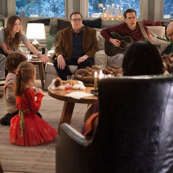 Watch Love the Coopers Full Movie Streaming