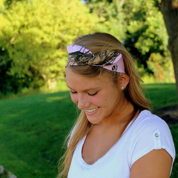 Pink Mossy Oak Camo Camoflage Wired Headband in Genuine Mossy Oak Print Trend Headwrap Twist Bow