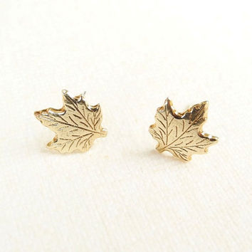 Maple Leaf Earrings,Gold Brass Stud Earrings,Maple Leaf Jewelry,Tiny Stud Earrings,Canada Earrings,Sterling Silver Hypoallergenic (E246)