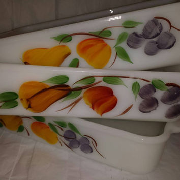 Baking Dish Vintage Fire King  Anchor Hocking Casserole  Glass  Milk  White Dishes fruit pattern