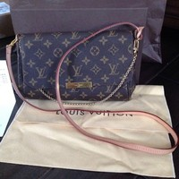 Pre-owned Louis Vuitton Favorite MM Monogram