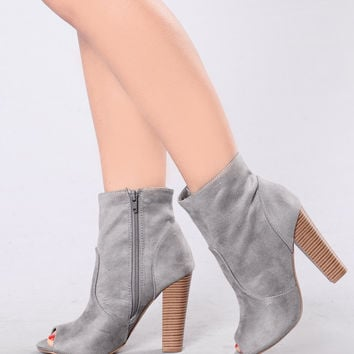 Love Buzz Boot - Grey