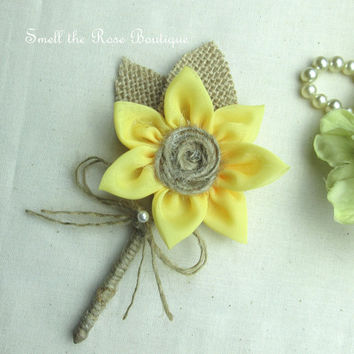 Rustic Sunflower Boutonniere, Country Chic Wedding Boutonniere,Rustic Burlap Mens Boutonniere,Groom Boutonniere, Groomsmen Boutineer