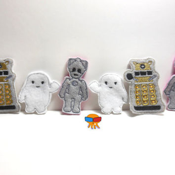 Wear a cyber robot exterminate beings fluffy fat D-octor Who felt clippies 4x4 ITH Machine Embroidery clips felties