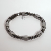 Magnetic Bracelet 3X Power Black Twist Beads, Drum Beads and 5000 Gauss Black Clasp