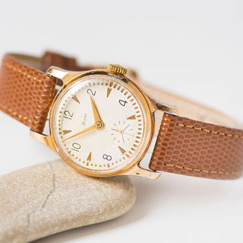 Unisex wristwatch vintage, watch tomboy, classic boyfriend watch ZIM, round woman watch gold shade, watch gift her new premium leather strap