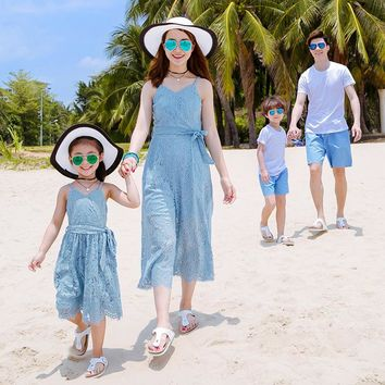 Family Matching Outfits Summer Mom Daughter Seaside Vacation Beach Long Dress Father and Son T-shirt Family Clothing Sets CC687