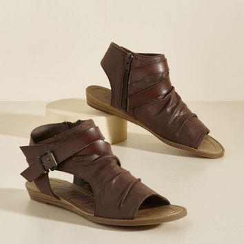 Trek Republic Sandal in Cocoa | Mod Retro Vintage Sandals | ModCloth.com