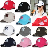 DCCKUG3 Unisex New York Yankees Cap Snapback Baseball Sport Adjustable NY Summer Sun hat