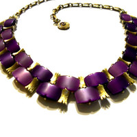 Vintage LISNER Shades of Purple Thermoset Necklace