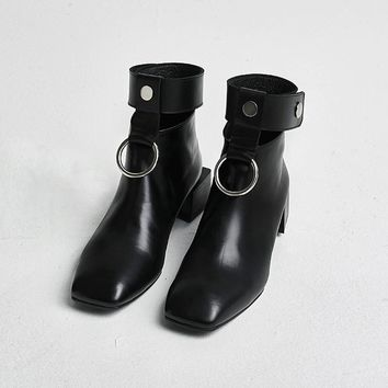 hot 2017 ankle boots for women Cut-Outs Retro Martin boots Square Toe Metal rings zip shoes for ladies luxury design  34--40