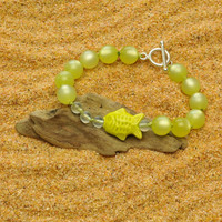 Colorful Lightweight Margarita Green Tropical Bracelet with Hand Peruvian Fish and Bubbles