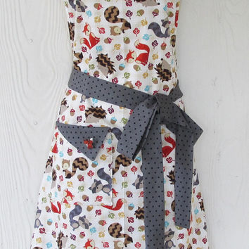 Autumn Woodland Critters Apron, Foxes, Women's Full Apron, Vintage Style Apron, Handmade Apron, KitschNStyle