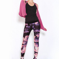 Shouting Smoke Leggings