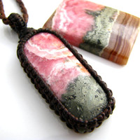 Rhodocrosite Pyrite Necklace / Pink / Spring / Gold / Pyrite / Hippy- chic / healing stones and crystals / Spring finds / April finds / Love