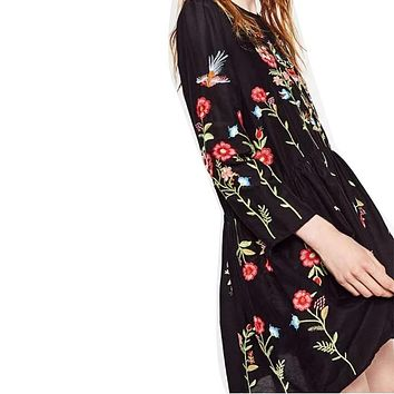 ZA Floral Embroidery Dress Newest 2016 Fashion Brand O-neck Long Sleeve Plus Size  Women Vintage Black Autumn  Dresses