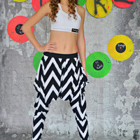 Everted Pocket Black/White Chevron Harem Pant