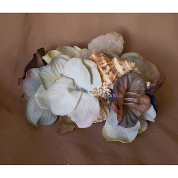 Seashell barrette womens fashion accessory wedding bridal hair flower