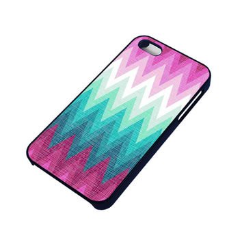 OMBRE PASTEL CHEVRON Pattern iPhone 4 / 4S Case
