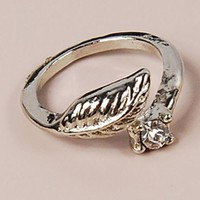 Unique Silver Tone Rhinestone Studded Leaf Band Ring at Online Cheap Fashion Jewelry Store Gofavor