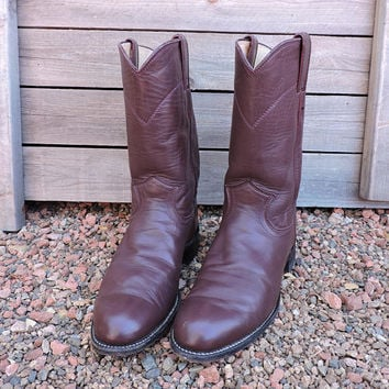 Justin boots / size mens 6.5 B / womens 8 / EU 38.5 / vintage brown Justin boots / brown cowboy roper boots / made in USA