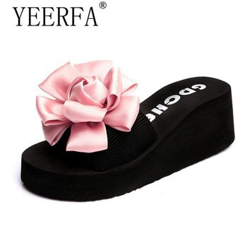 2018 Fashion Handmade Flowers Slippers Women Summer Beach Flip Flops Shoes  Woman Platform Sandals Wedge Slides 09113ed6e3b4