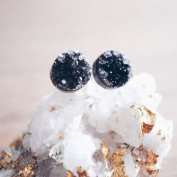 Druzy Stud Earrings, Small Stud Earrings, Purple Druzy Earring, Crystal Stud Earrings, Geode Studs, Gemstone Earrings, Post Earrings