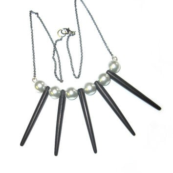 Black Spike Necklace Gunmetal Chain Punk White Pearls Steampunk Boho Tooth Claw Bone Tusk Pendant Charm
