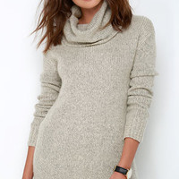 BB Dakota Moxie Light Grey Sweater