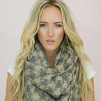 Infinity Scarf Checkered Fringe Ends Houndstooth Woven Infinity Scarf, Neck Warmer Loop Scarf in TaupeSoft Gray (SCF-CHK)