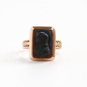Antique 10k Rose Gold Hardstone Cameo Ring -Victorian Size 5 Carved High Relief Roman Warrior Soldier Banded Agate Motif Flower Fine Jewelry