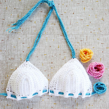 Crochet bikini top with two additional sets of strings