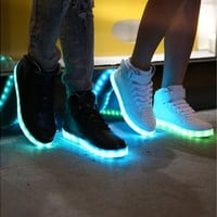 Microfiber Leather Large Size Luminous LED Shoes For Adults LED Fashion Chaussure Lumineuse Basket Light Up Shoes Women & Men(2 Color) [8802217676]